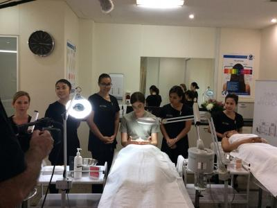 Dual Qualification: Certificate III in Make-Up + Diploma of Beauty Therapy