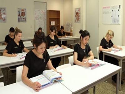 Advanced Diploma of Intense Pulsed Light and Laser for Hair Reduction