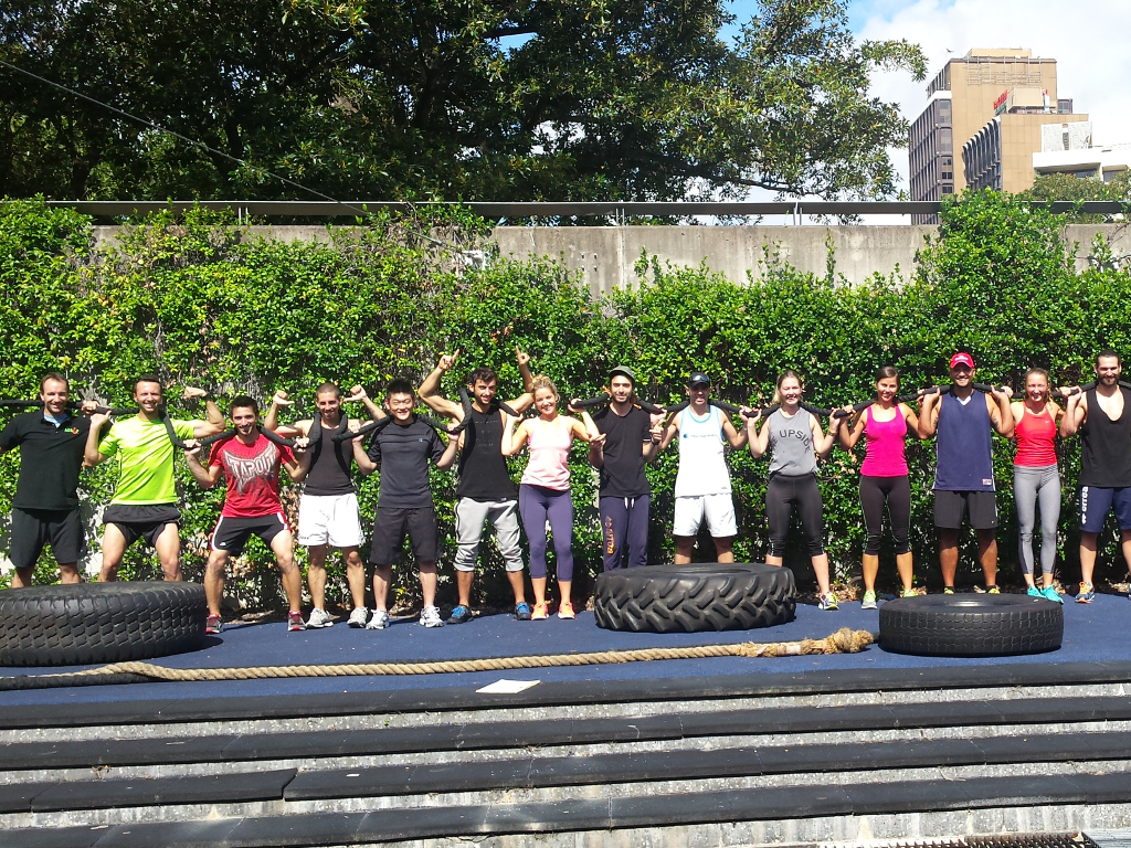 58b1e41470__ACSF photo of Sydney fitness students outdoor exercising.jpg